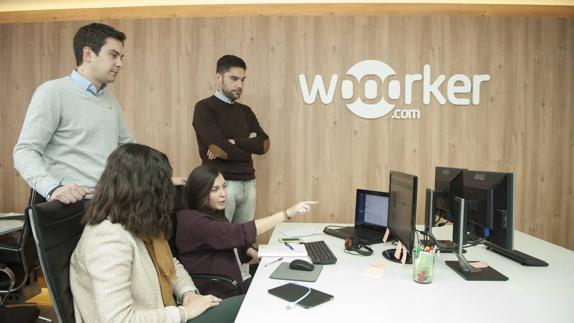 ENTREVISTA PLATAFORMA WOOORKER PARA CONECTAR EMPRESAS Y PERSONAS